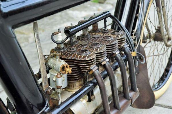 Motor star 109 godina se prodaje na aukciji