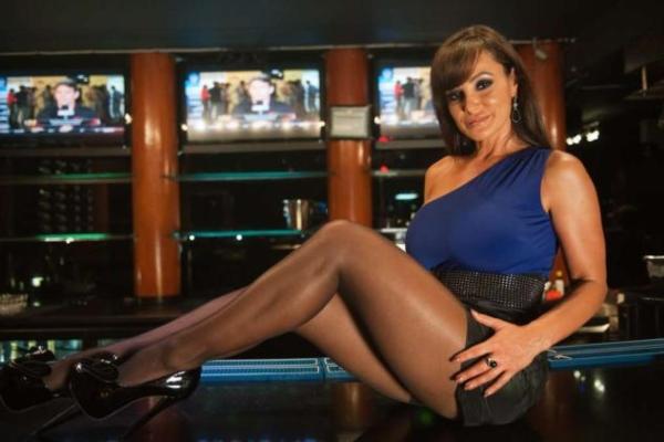 Liza En otkriva koja je njena budućnost u porno industriji