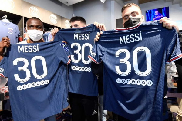 Mesijevi PSG dresevi rasprodati prvog dana nakon izbacivanja