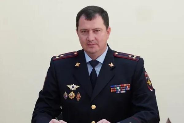 Ruski direktor policije uhapšen zbog kraljevskog vršenja nužde