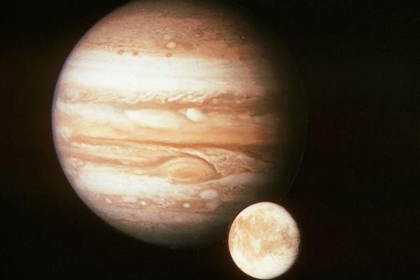 Dokazano prisustvo vodene pare u atmosferi najvećeg Jupiterovog meseca