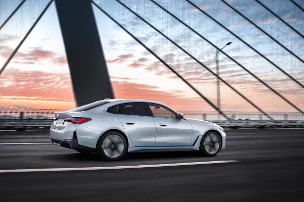 Premijera modela: PRVI IKADA BMW i4.