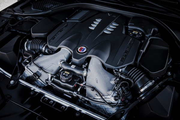 Izoštrite svoja čula: nova BMW Alpina B8