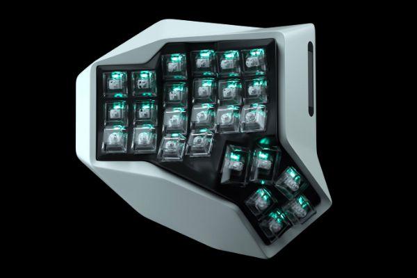 Prva organski oblikovana dvodelna tastatura na svetu
