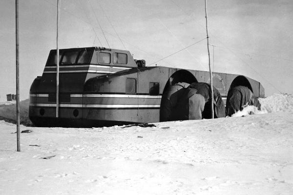 Predratna pionirska mašina za istraživanje Antarktika