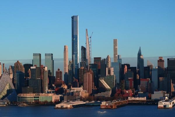 Drži bure vodu dok majstori odu - Ponos Njujorka i bogatih u stanju raspadanja