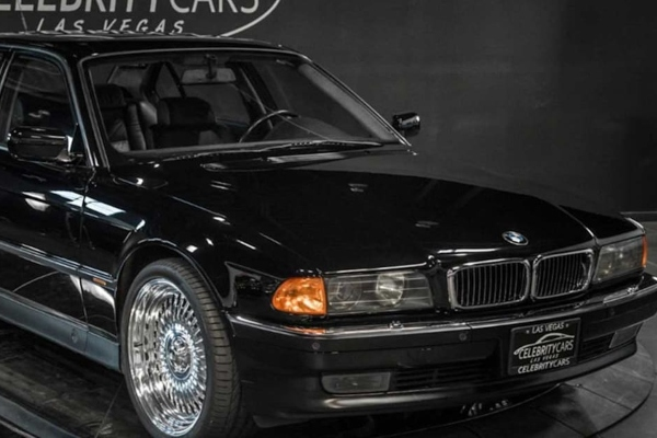 BMW 7 u kome je ubijan Tupak Šakur prodat za 1,75 miliona dolara